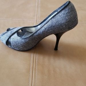 Dollhouse Shoes - Herringbone peep toe heel